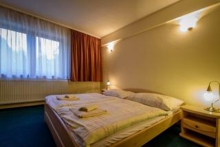 Hotel-Boboty-izba2